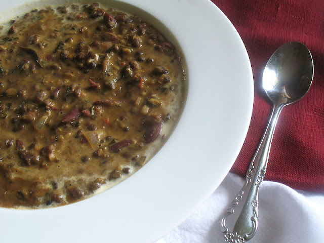 Classic Dal Makhani with a Vegan Twist