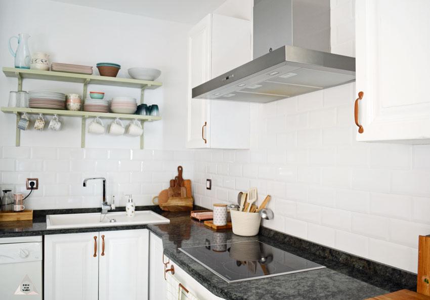Pintar los muebles de la cocina el paso a paso blog de - Pintar encimera cocina ...