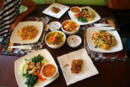 Tempat Wisata Kuliner Enak Khas di  Pulau Dewata Bali Terlengkap