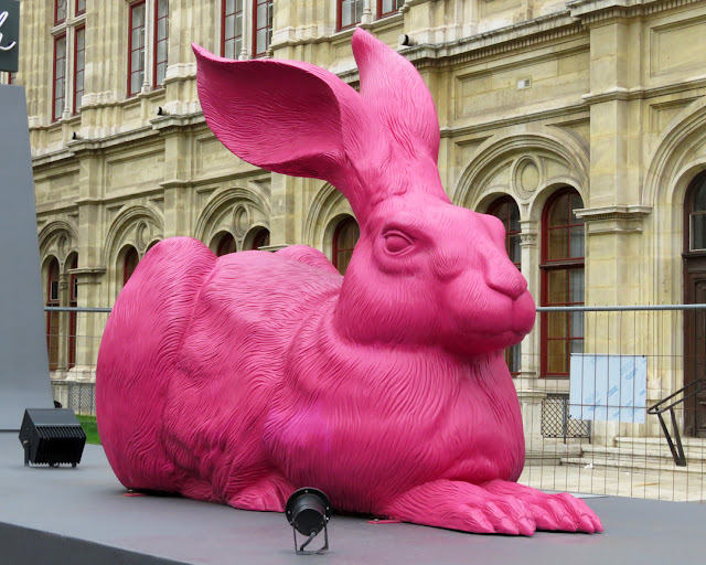 "Giant 3D version of Durer's ""Feldhase"" (Young Hare) by Ottmar Hörl, Wiener Staatsoper (Vienna State Opera), Opernring / Operngasse, Vienna"