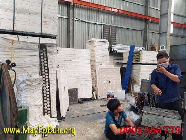 Khung bản lọc bằng nhựa PP cho máy ép bùn khung bản được nhập từ Hàn Quốc, độ cứng cao, hàng luôn có sẵn
