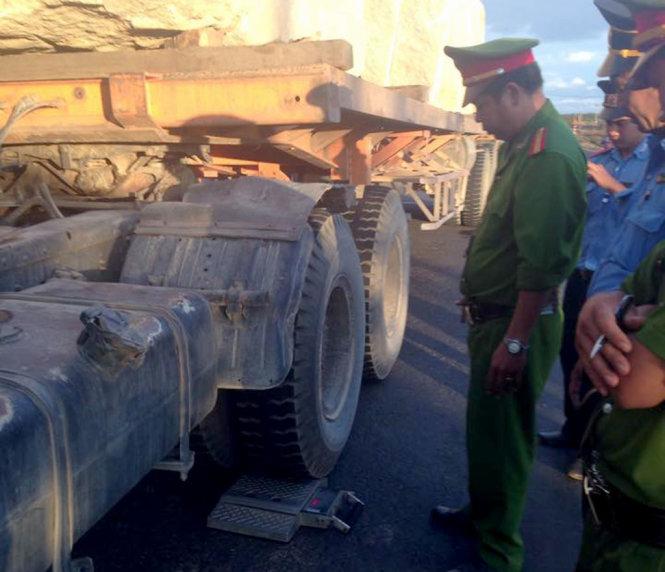 Gia Lai: Chủ doanh nghiệp đưa tài xế bỏ xe quá tải đến trình diện