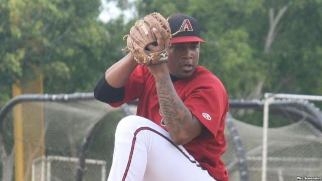 El pitcher cubano Jorge Despaigne, de la organización de los Diamondbacks de Arizona, fue suspendido este martes