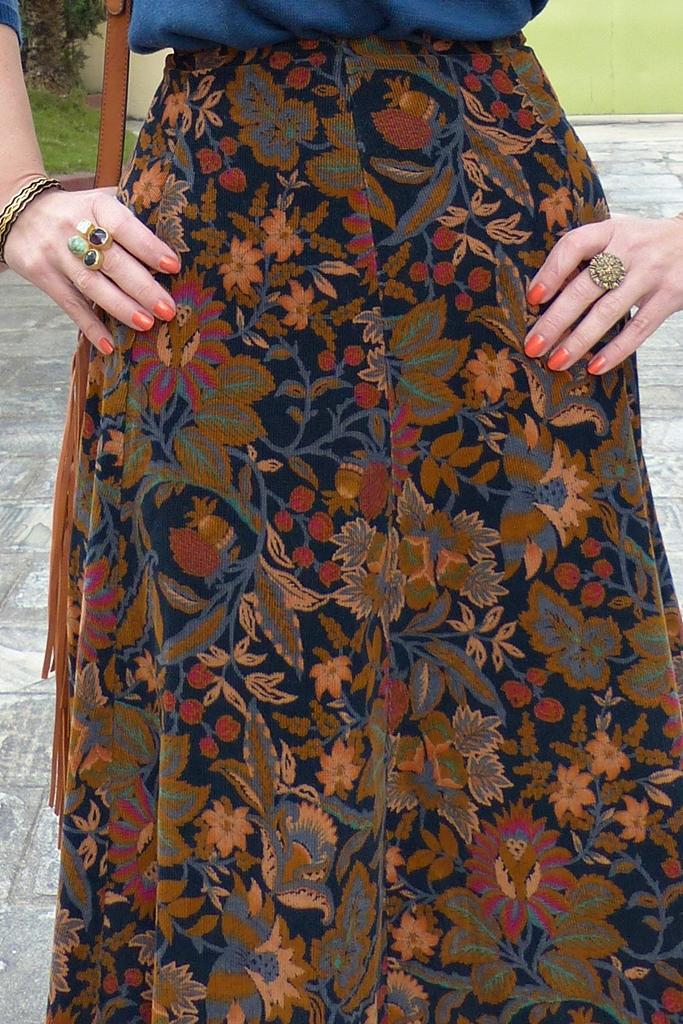 St.Michaels vintage corduroy patterned skirt
