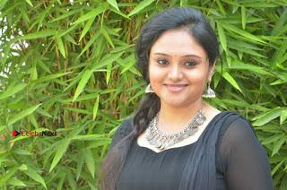 Actress Kala Kalyani Stills in Black Salwar Kameez at Engeyum Naan Iruppen Audio Launch  0017.jpg