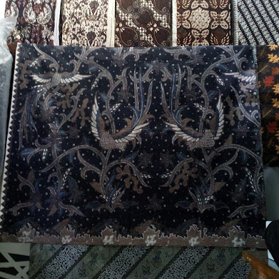 Mode batik sudah sangat digemari sejak zaman kerajaan