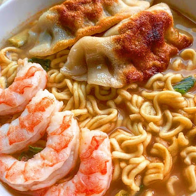 Spicy Ramen with Shrimps | Tasty food