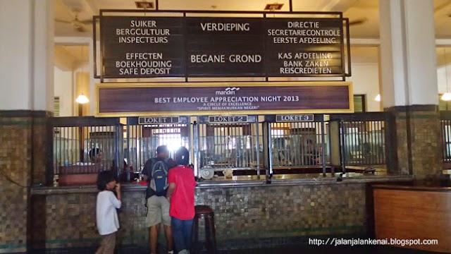 Jalan Jalan KeNai Di Museum Bank Mandiri