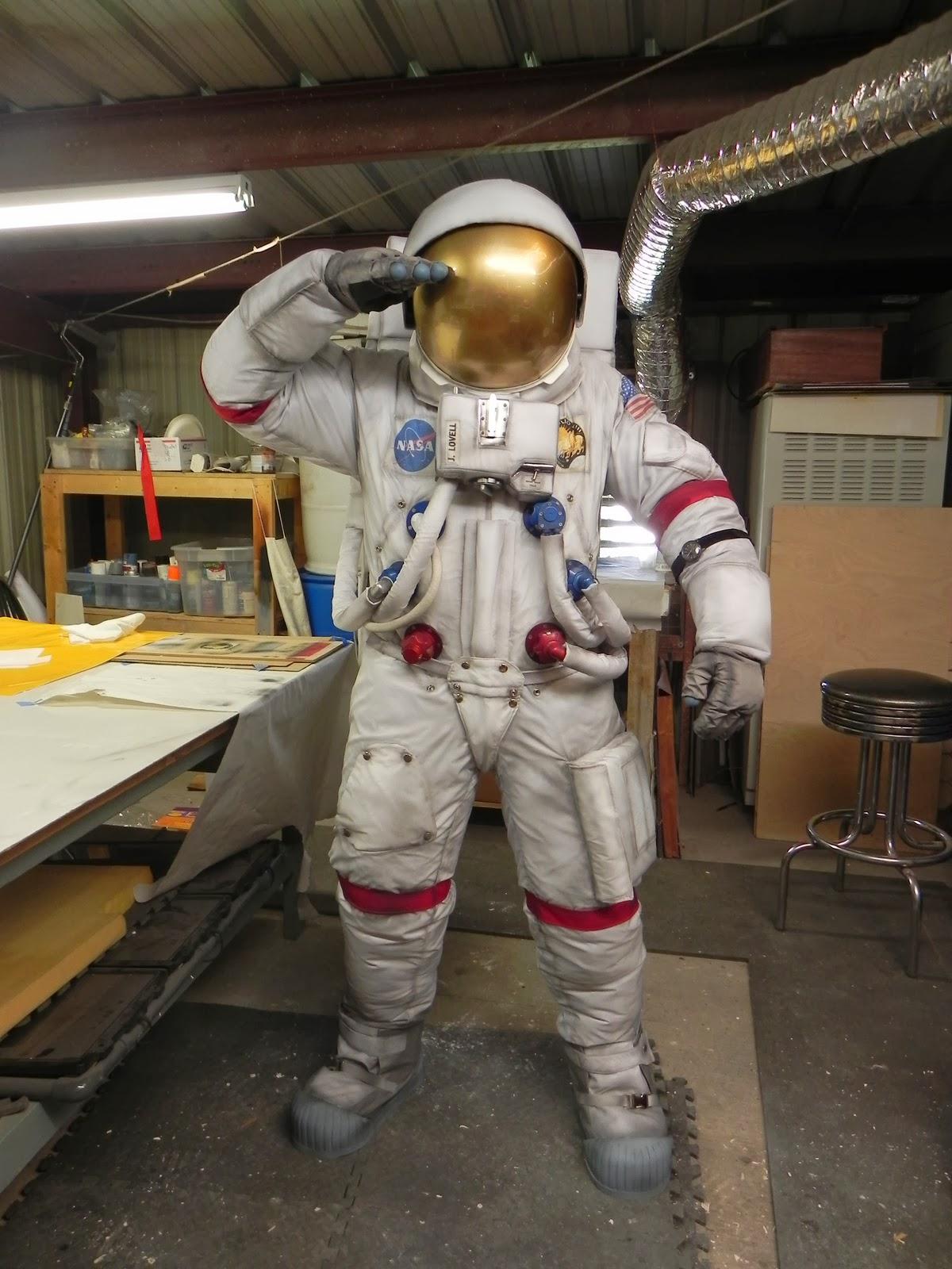 apollo space suit build -#main