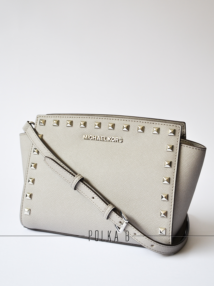ecf0fbb8b0456 Michael Kors Selma Medium Studded Messenger Bag - Pearl grey