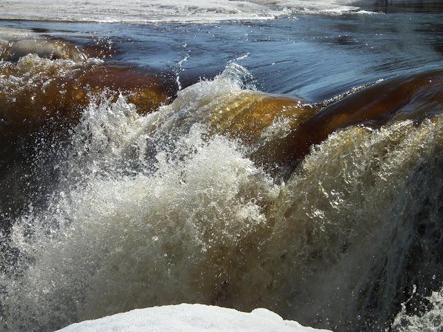 Pyhäjoki, Hourunkoski, kevät