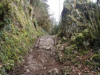 Ornières sur la voie gallo-romaine
