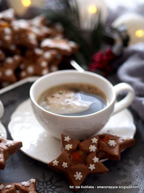 gwiazdki z kawa, ciasteczka kruche, ciastka o smaku kawowym, lukier kawowy, swiateczne ciasteczka, swieta, boze narodzenie, inka, kawa zbozowa