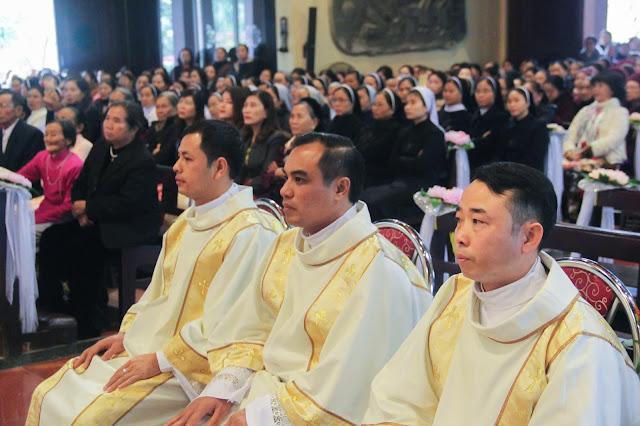 Lễ truyền chức Phó tế và Linh mục tại Giáo phận Lạng Sơn Cao Bằng 27.12.2017 - Ảnh minh hoạ 149