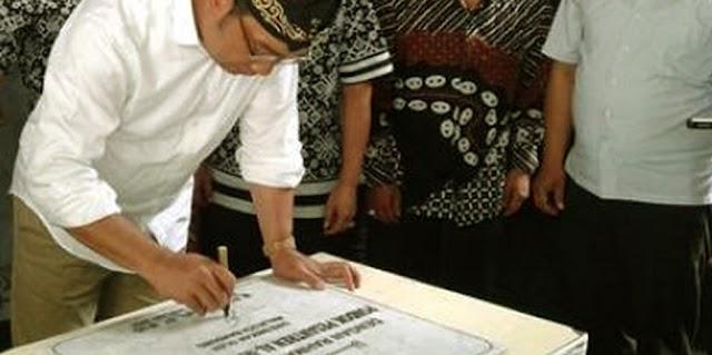 Ridwan Kamil Deklarasikan Cigadung Sebagai Kampung Batik