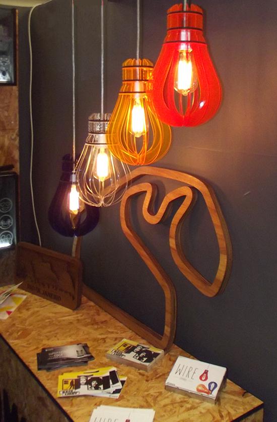 luminária de madeira, a casa eh sua, luminaria diy, luminaria faça você mesmo, luminária colorida, luminária pendente