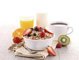 """<img src=""""dieta-de-las-2000-calorías.jpg"""" alt=""""esta dieta sirve tanto para mantenimiento, como para bajar de peso"""">"""