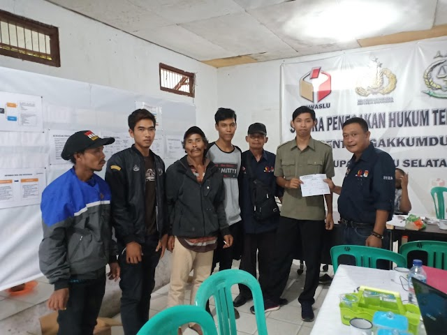 Masyarakat Kecamatan Buay Pemaca Melapor Ke MAPPILU-PWI OKU Selatan Terkait Dugaan Pemilu 2019