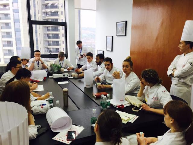 Fête de la francophonie en Chine - Résidence de pâtisserie - concours des jeunes pâtissiers francophones à l'école Belle Vie de Changsha