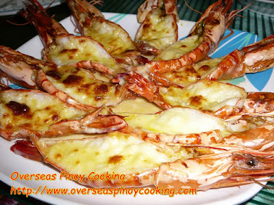 Pinoy Baked Prawns with Garlic and Cheese