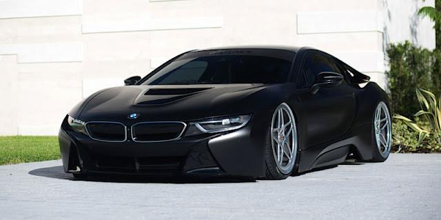 BMW i8 マットブラック
