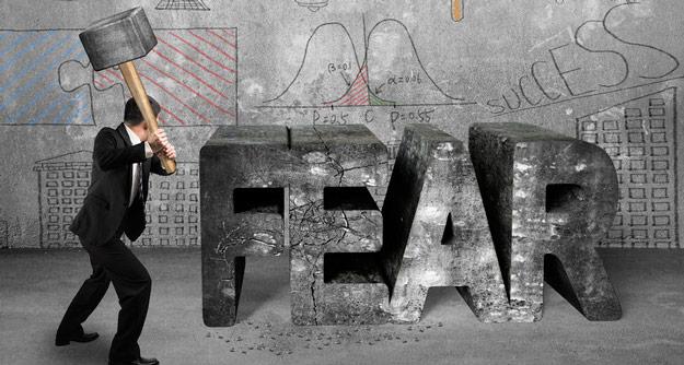 كيف تكسر الخوف والشك الذّاتي