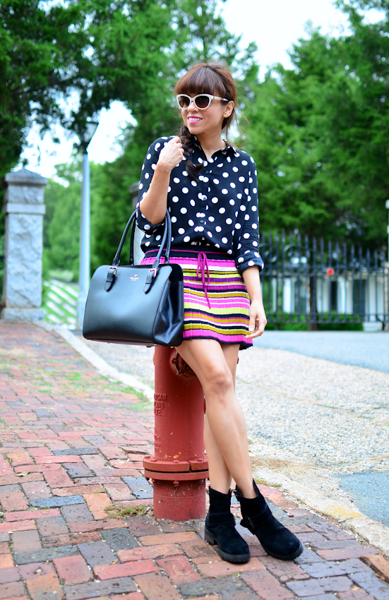 Outfit with polka dots and stripes