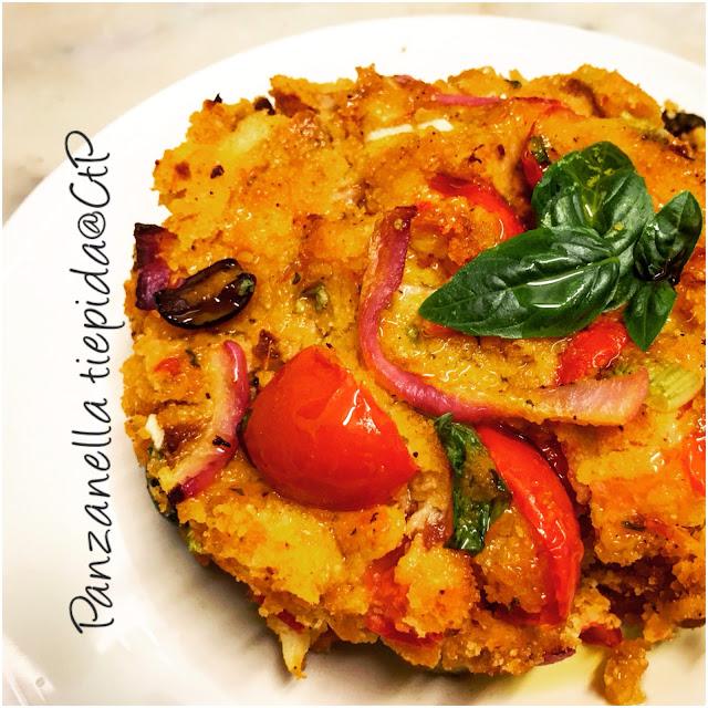 panzanella tiepida pane pomodoro aceto cipolla rossa sedano olio evo alessandra ruggeri cuoca a tempo perso