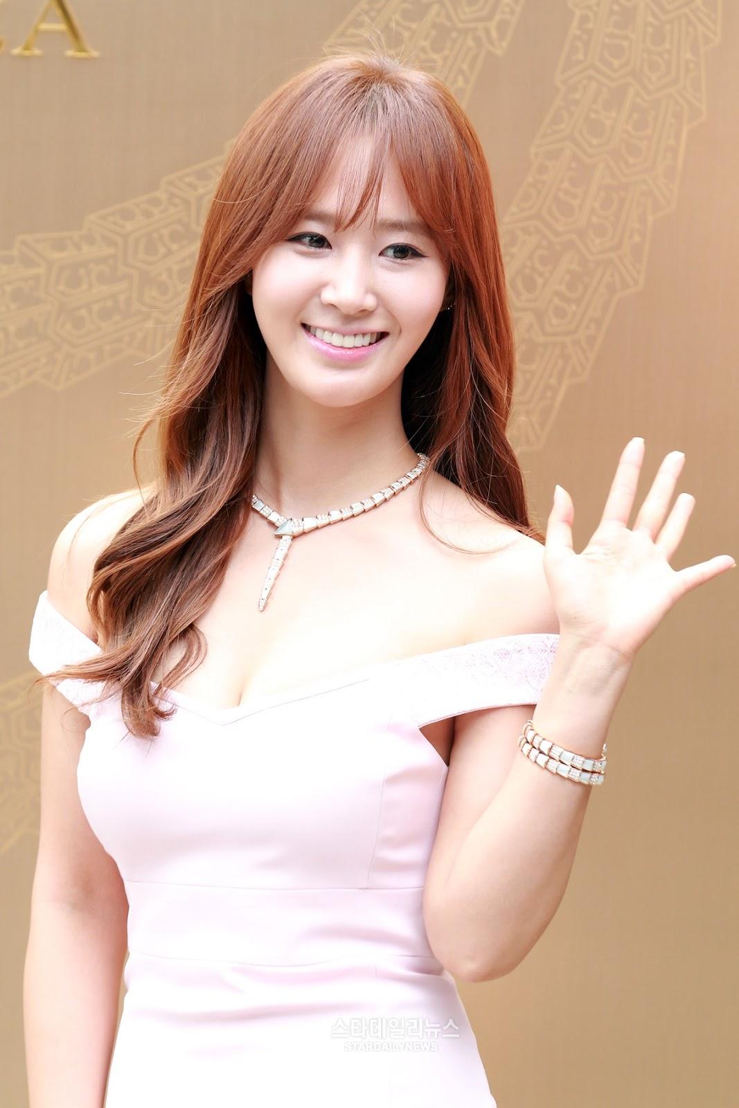 image Yuri kwon snsd rose 21cum legs