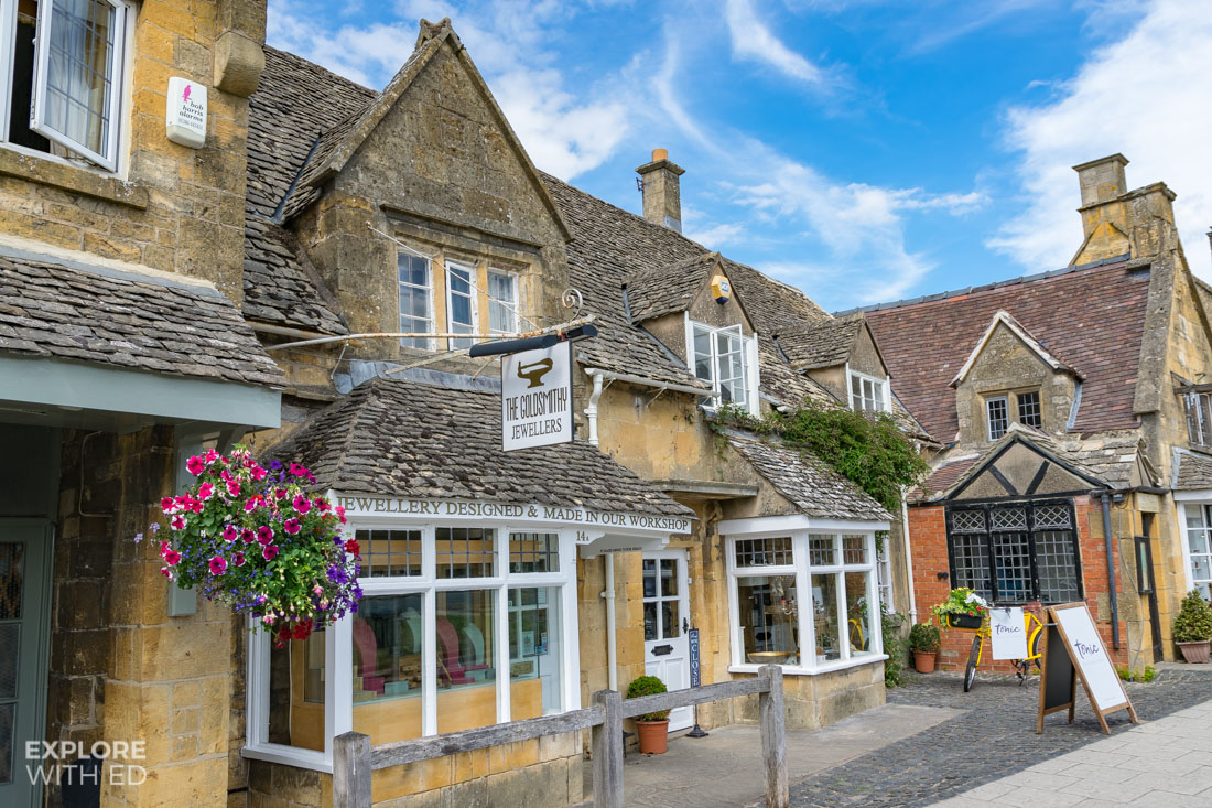 Jewellers and quaint shops in Broadway Worcestershire