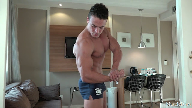MuscleDom - Troy 3