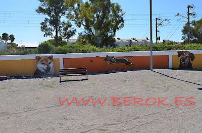 graffiti perros correcan Cubelles