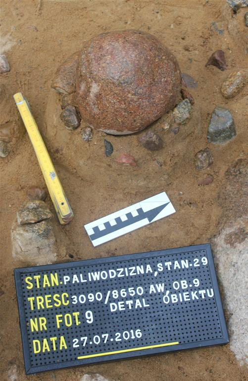 Evidence of Scandinavian influence in central Poland during the Mesolithic period