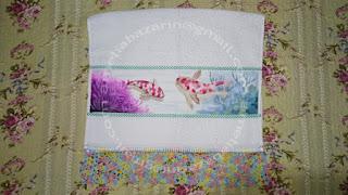 Toalha com pintura em tecido com stencil