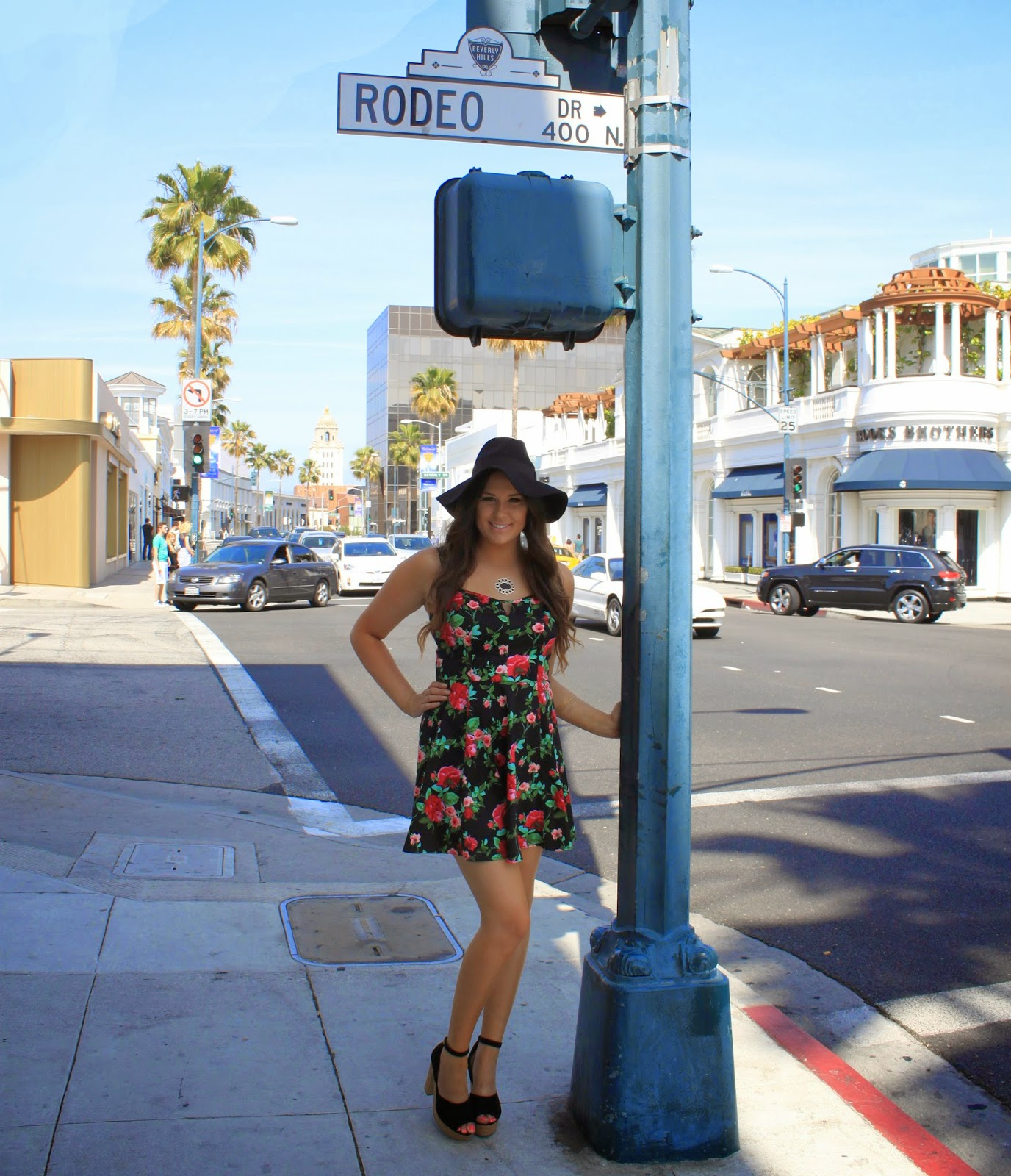Fashion blogger Mash Elle on Rodeo Drive in Beverly Hills