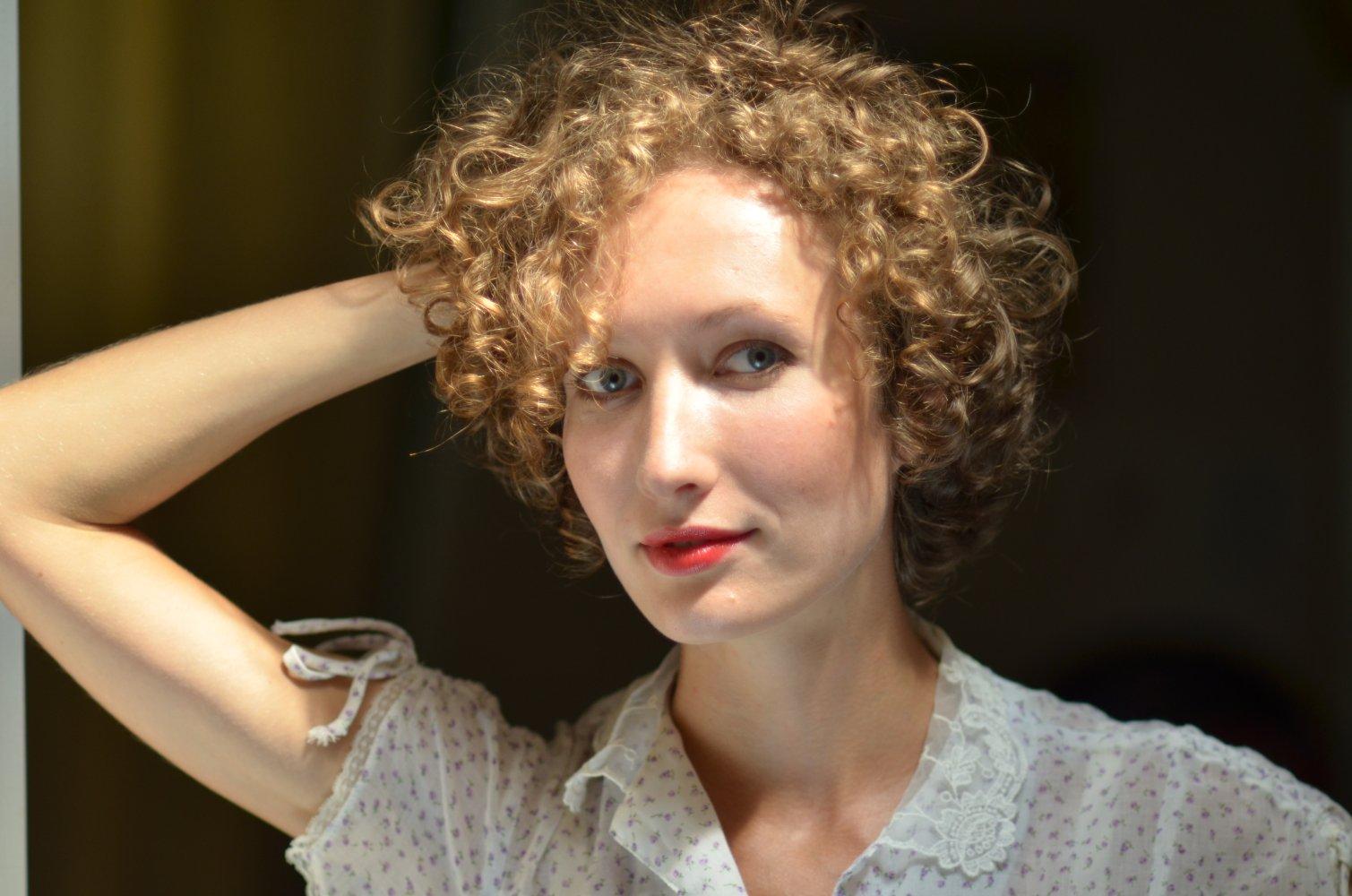 актриса ирина абрахам фото создадут атмосферу