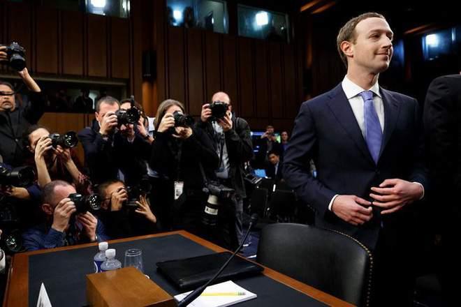 Đứng trước tâm bão chỉ trích của dư luận, Mark Zuckerberg chọn cách xin lỗi bằng áo vest và những chiếc cà vạt
