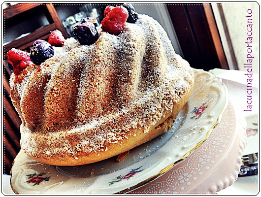 Torta con frutti di bosco e fragole senza latticini / Cake with berries and strawberries without dairy products