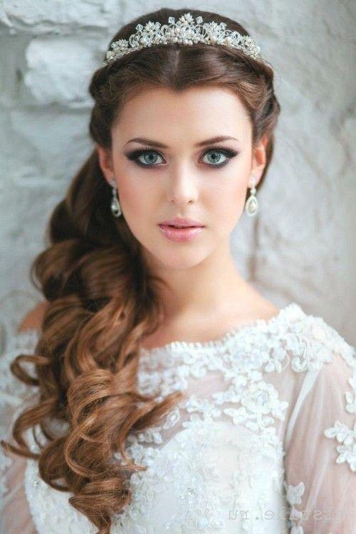la novia deber lucir como lo que es una autentica reina en la perfecta de su noche nica y especial with peinados para novias elegantes