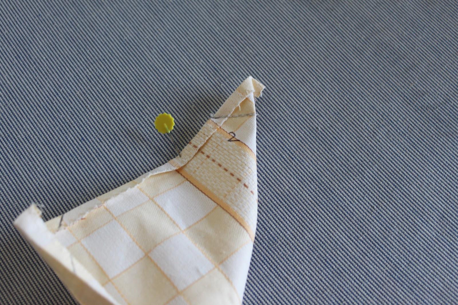 Scuola di cucito: Come cucire una tovaglia con i tovaglioli