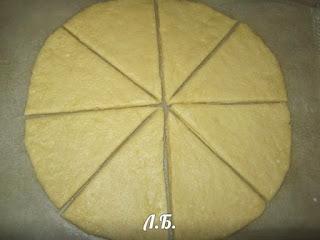 разделка теста для булочек