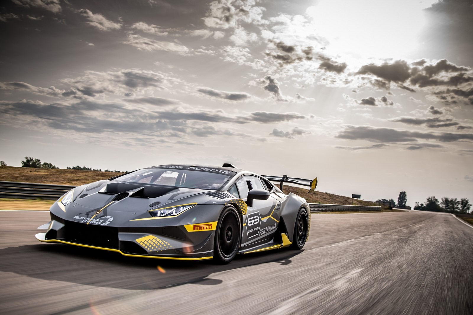 lamborghini huracan super trofeo evo unveiled with. Black Bedroom Furniture Sets. Home Design Ideas