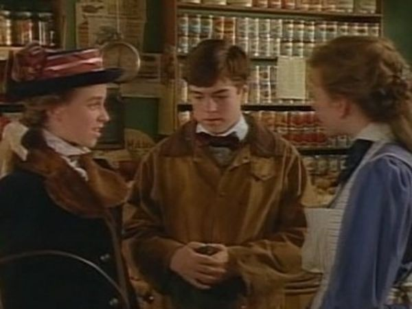 Road to Avonlea - Season 5 Episode 07: Stranger in the Night