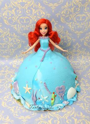tort syrena z lalką