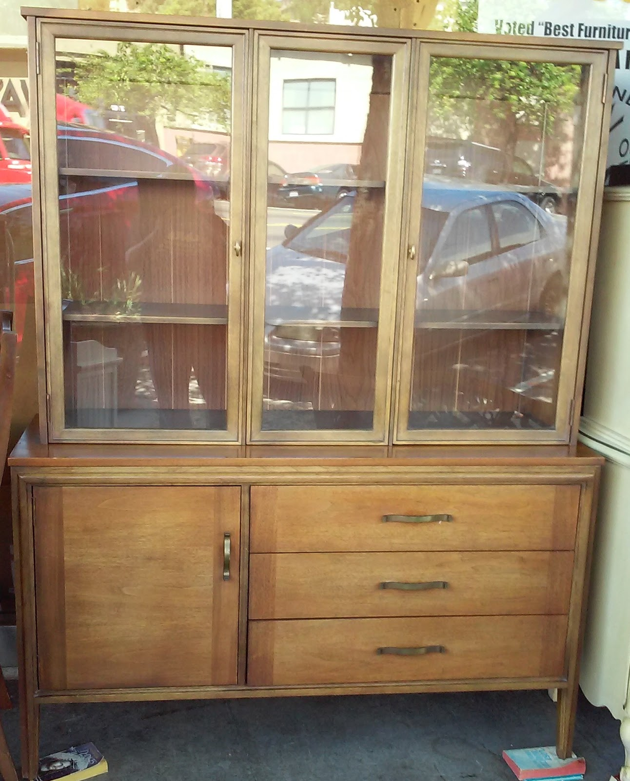 UHURU FURNITURE & COLLECTIBLES: SOLD **REDUCED** LA Period ...