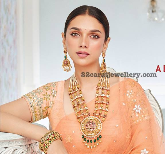 Aditirao Hydari Grand Antique Sets