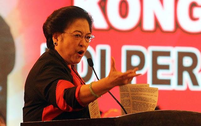 Megawati: Akibat Hoax, Jokowi Dibilang PKI
