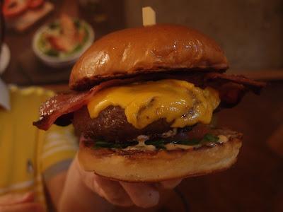 Medzs Burger