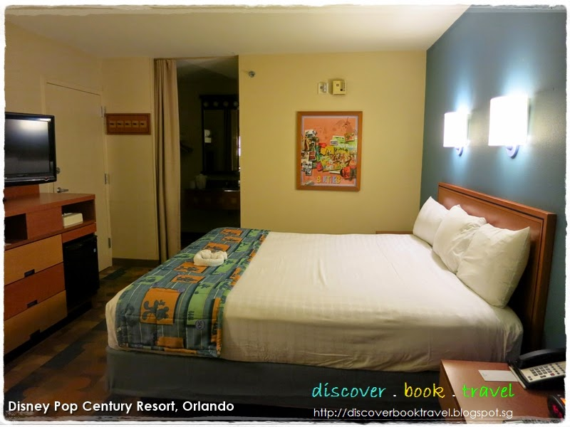 Hotel review disneys pop century resort discover book travel eventually this turned up to be a blessing in disguise because the preferred rooms were all situated closest to the bus bay for shuttle buses publicscrutiny Images