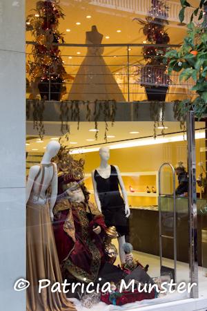 My visit to Vlassis Holevas shop in Kolonaki - Fashion   Art f8d2ec52764